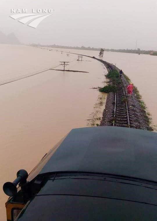 Ngập đường sắt Bắc Nam