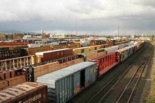 Dịch vụ vận chuyển hàng bằng đường sắt