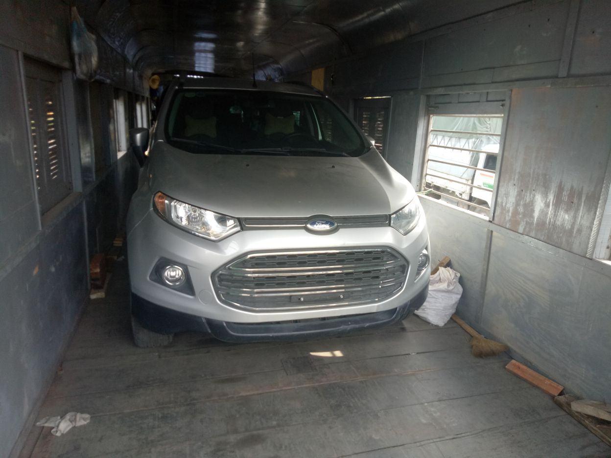 Gửi ô tô bằng đường sắt theo tầu hỏa bao tiền