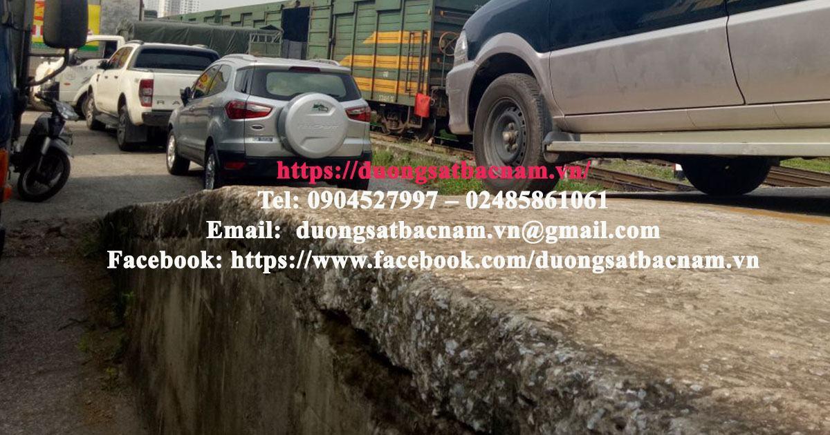 Giá vận chuyển xe ô tô từ Hà Nội vào Sài Gòn cập nhập